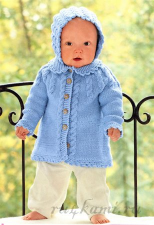Пальто спицами малышу