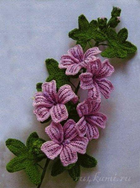 вязаный цветок